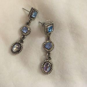 Jewelry - Light Blue CZ vintage earrings